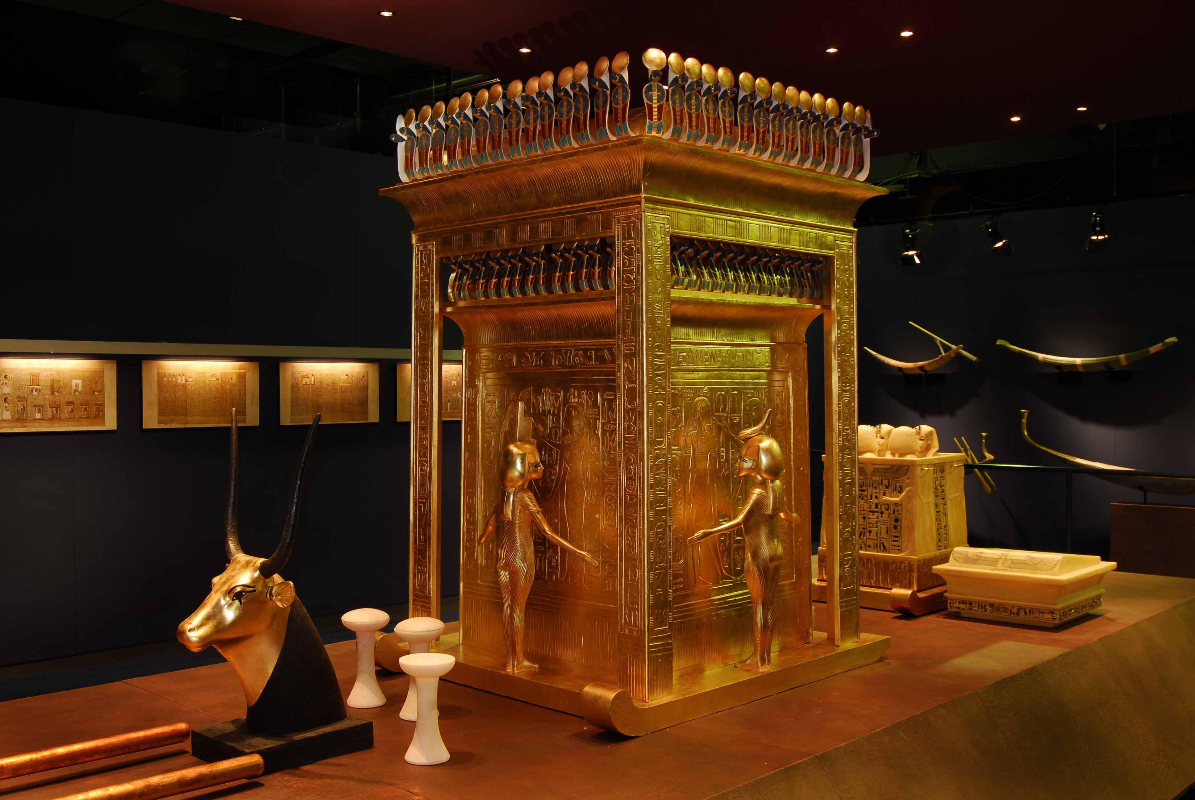 TUTANKHAMUN - His Tomb and his Treasures - YouTube |King Tut And His Treasures